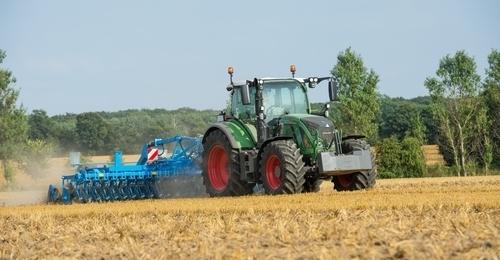 Fendt 716 Tractor