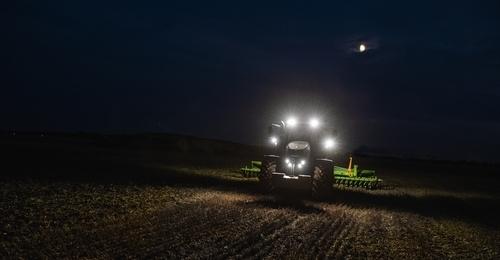 Fendt 822 Tractor