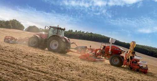 Massey Ferguson 8727 tractor