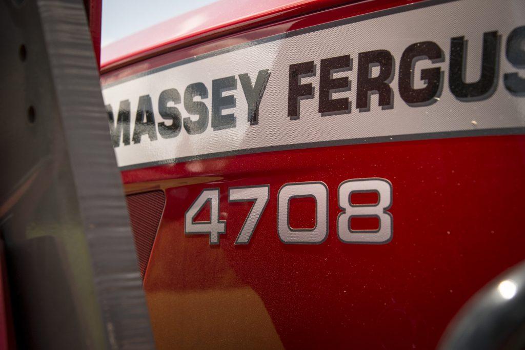 Massey Ferguson 4708 Series Utility Tractor