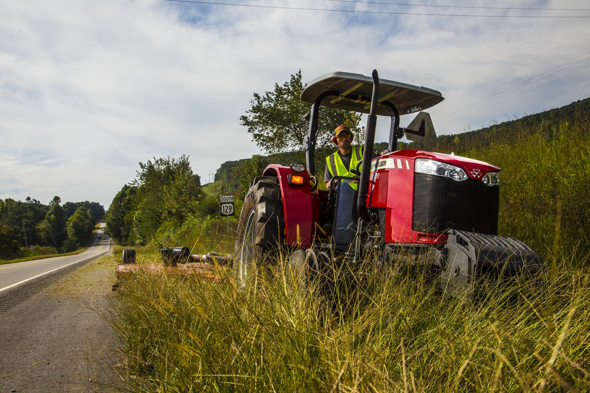 Massey Ferguson 4700 Series Utility Tractor