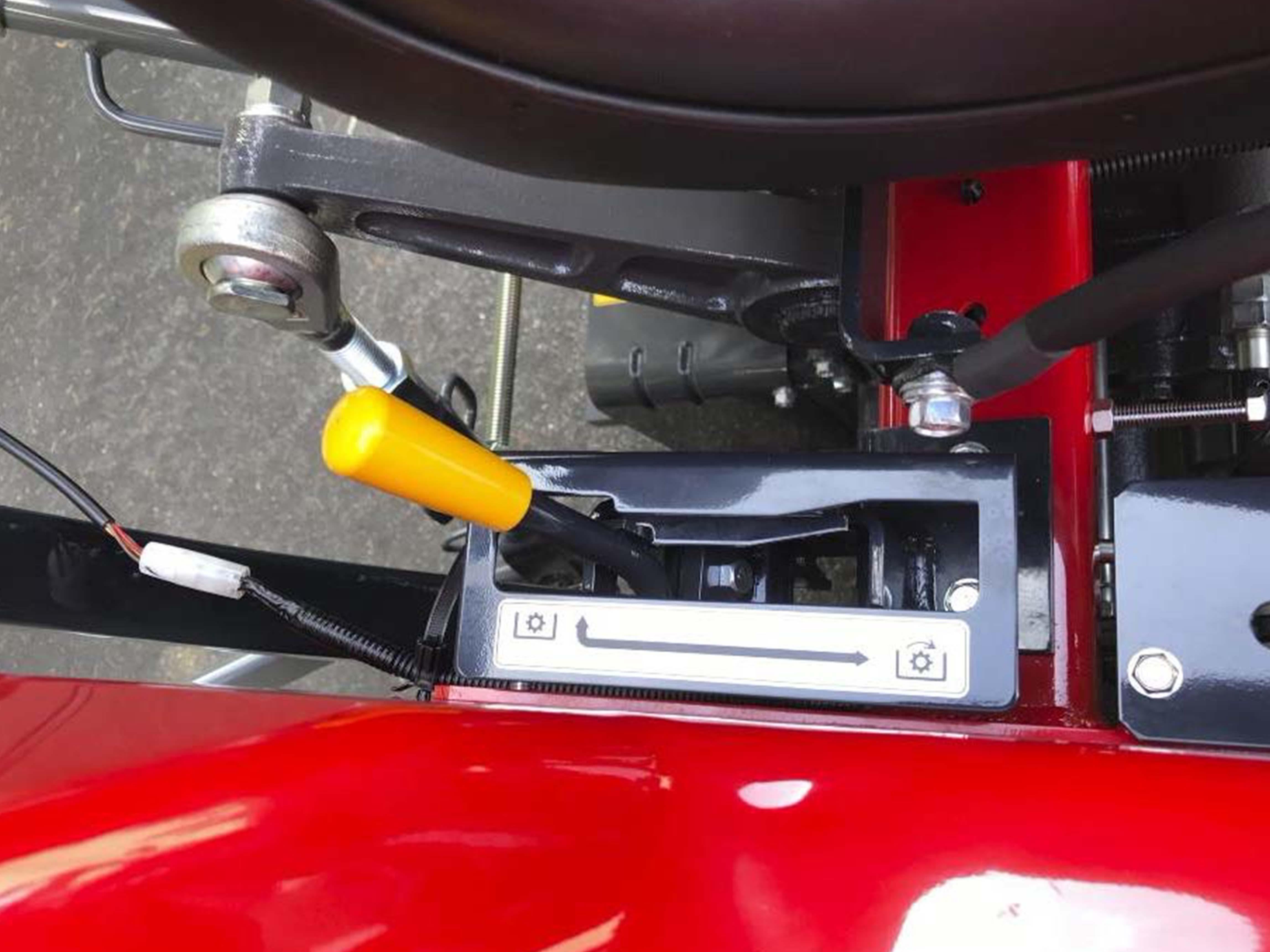 Massey Ferguson 1800E Mechanical PTO Engage