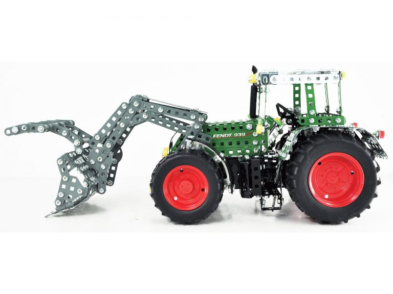 Tronico Fendt 939 With Loader